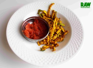 Raw Vegan Ketchup | Rawmunchies.org | Raw Vegan Recipes #RECIPE: http://rawmunchies.org/recipes/ketchup #Raw #vegan #rawvegan #glutenfree #rawveganketchup #rawveganfrenchfries #frenchfries #chips #rawchips #zucchinifrenchfries