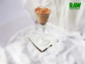 Raw Vegan Dreamy Banana Cocoa Treat | Rawmunchies.org #RECIPE HERE: http://www.rawmunchies.org/recipes #Raw #vegan #rawvegan #glutenfree #bananas #rawvegandessert