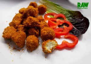 Raw Vegan Cauliflower Balls | Rawmunchies.org #RECIPE HERE: http://www.rawmunchies.org/recipes #Raw #vegan #rawvegan #glutenfree #cauliflowerballs #cauliflower #rawveganbaking #rawveganballs #meatballs