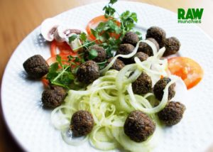 Raw Vegan Meat Balls recipe here: rawmunchies.org rawmunchies.org #rawmunchies #raw #vegan #recipe #rawvegan