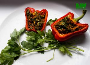 Raw Vegan Stuffed Peppers | Rawmunchies.org #RECIPE HERE: http://www.rawmunchies.org/recipes #Raw #vegan #rawvegan #glutenfree #stuffedpeppers #rawveganstuffedpeppers